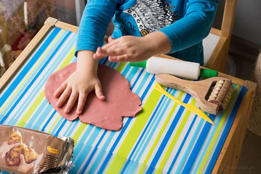 prace plastyczne z gliną